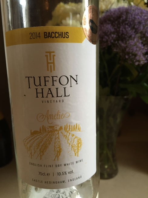 Tuffon Hall Bacchus Amelie 2014